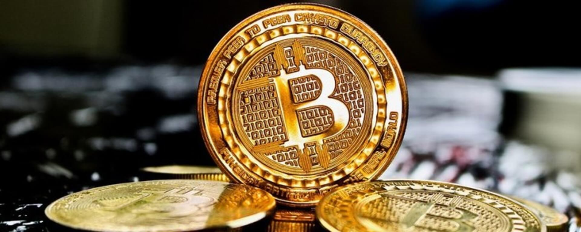 Bloomberg says the US dollar has no intrinsic value. Is it time for Bitcoin? 23
